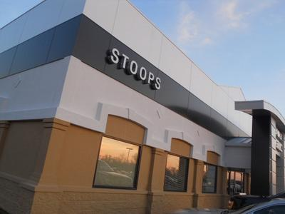 Stoops Buick GMC Image 2