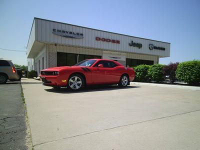 Maczuk Chrysler Image 1