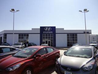 Green Hyundai Image 1