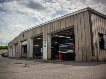 Marlow Motor Company Image 3