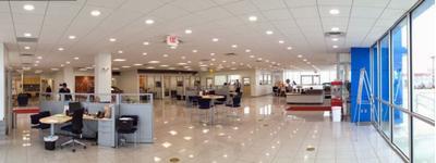 Holm Automotive Center Image 3
