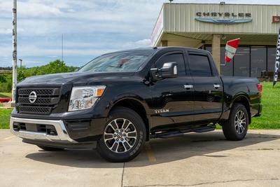 Nissan Titan 2021 for Sale in Gallipolis, OH