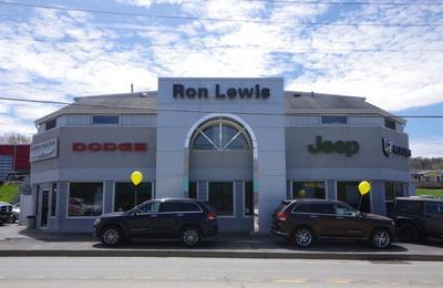 Ron Lewis Chrysler Dodge Jeep Ram Waynesburg Image 5