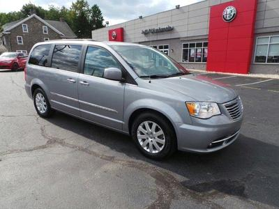 Chrysler Town & Country 2015 for Sale in Malvern, PA