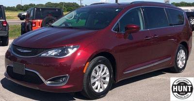 2018 Chrysler Pacifica Touring-L for sale VIN: 2C4RC1BG1JR210631