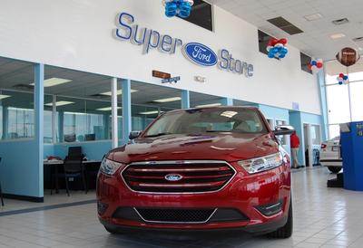 Town & Country Ford Image 2