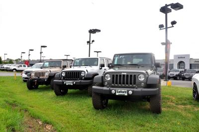 Safford Chrysler Jeep Dodge RAM Fiat of Fredericksburg Image 5