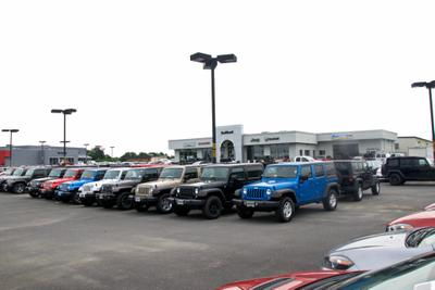 Safford Chrysler Jeep Dodge RAM Fiat of Fredericksburg Image 6