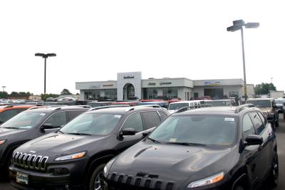 Safford Chrysler Jeep Dodge RAM Fiat of Fredericksburg Image 7