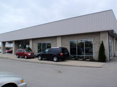 Community Ford Lincoln of Bloomington Image 9