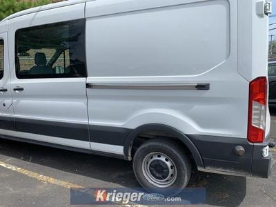 2017 Ford Transit-250 Base image