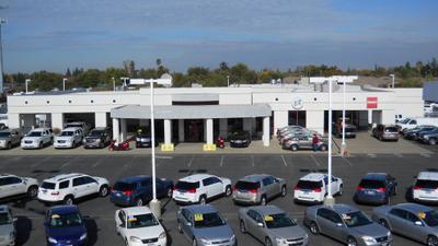 Dow Lewis Motors Inc Image 3