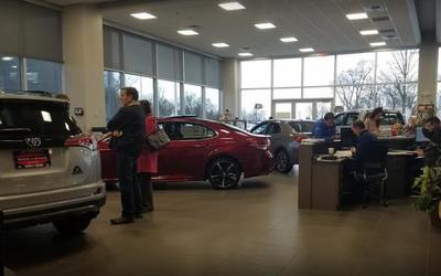 Toyota of Warren Image 3