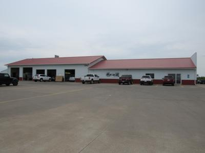 Brown's West Branch Chrysler Dodge Jeep & Ram Image 4
