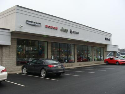 Milford Chrysler Sales Image 7
