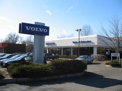 Volvo Cars Princeton Image 1