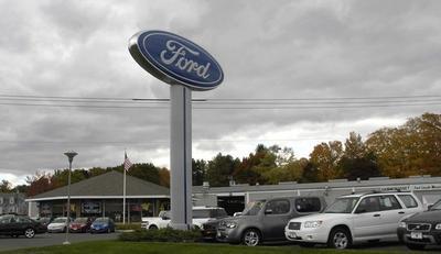 Hammonasset Ford Image 2