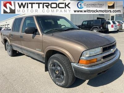 Chevrolet S-10 2002 for Sale in Carroll, IA
