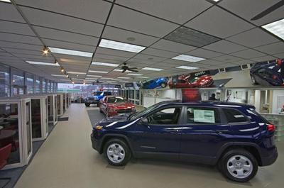 Ron Lewis Chrysler Dodge Jeep Ram Pleasant Hills Image 4