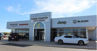 Kunes Country Chrysler Dodge Jeep Ram of Monmouth Image 2