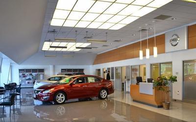 Nissan World of Denville Image 6