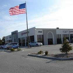 Sam Leman Dodge Chrysler Jeep RAM - Bloomington Image 1