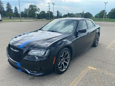 Chrysler 300 2015 for Sale in Galesburg, IL