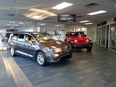 Extreme Chrysler Dodge Jeep RAM Image 6