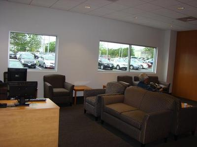 Balise Nissan of Cape Cod Image 5