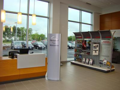 Balise Nissan of Cape Cod Image 9