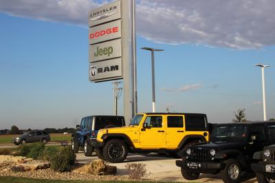 Sam Leman Dodge Chrysler Jeep RAM Fiat - Morton Image 1