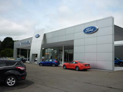 Matthews Ford of Norwich Image 3