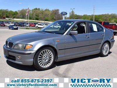 BMW 325 2003 for Sale in Dyersville, IA