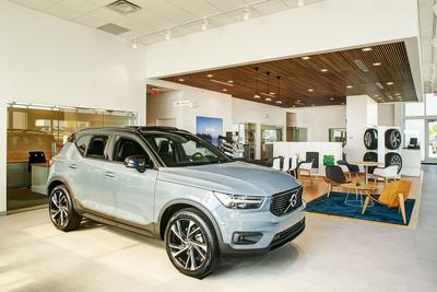 Gorges Volvo Cars Image 7