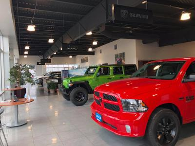 Lithia Chrysler Jeep Dodge Ram FIAT of Roseburg Image 3
