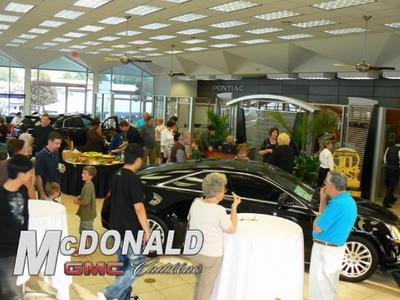 McDonald GMC Cadillac Image 3