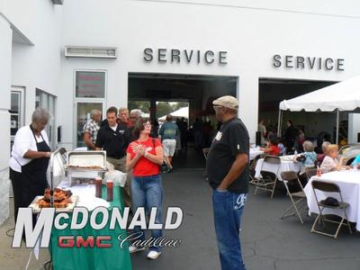 McDonald GMC Cadillac Image 4