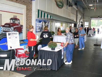 McDonald GMC Cadillac Image 6