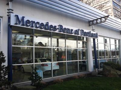 Mercedes-Benz of Portland Image 3