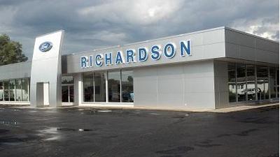 Richardson Ford Inc. Image 1