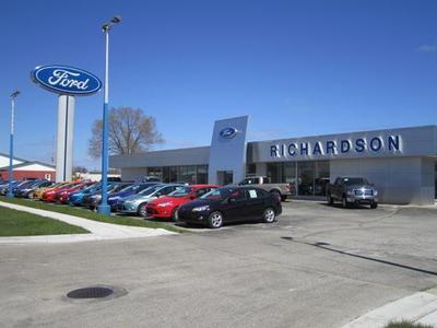 Richardson Ford Inc. Image 3