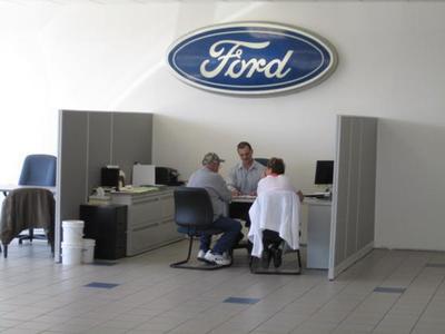 Richardson Ford Inc. Image 4
