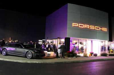 Porsche Clifton Park Image 4