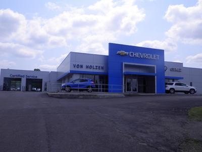 Von Holzen Chevrolet Buick GMC Inc. Image 8
