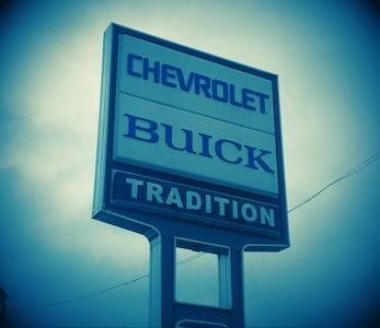 Tradition Chevrolet Buick Image 4