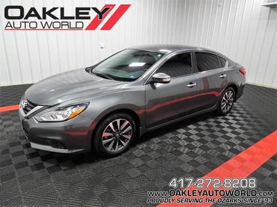 Nissan Altima 2017 for Sale in Reeds Spring, MO