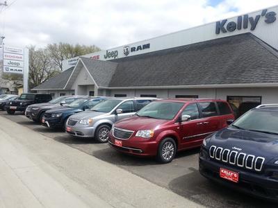 Kelly's Chrysler Center Image 2