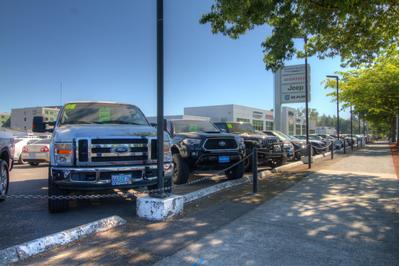 Lithia Chrysler Jeep Dodge Ram FIAT of Eugene Image 4
