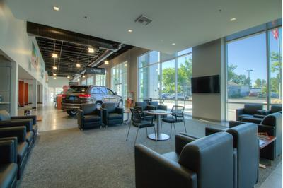 Lithia Chrysler Jeep Dodge Ram FIAT of Eugene Image 7