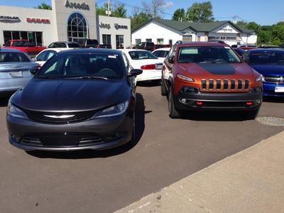 Arcadia Chrysler Dodge Jeep Image 5